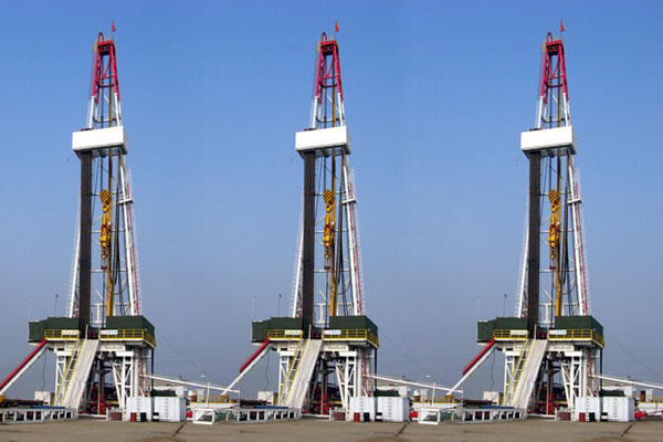 ZJ70-4500LDB-Skid-Mounted-Drilling-Rig